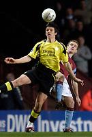 Photo: Glyn Thomas.<br />Aston Villa v Manchester City. The FA Cup. 19/02/2006.<br /> Man City's Joey Barton (L) controls the ball under pressure from Steven Davis.