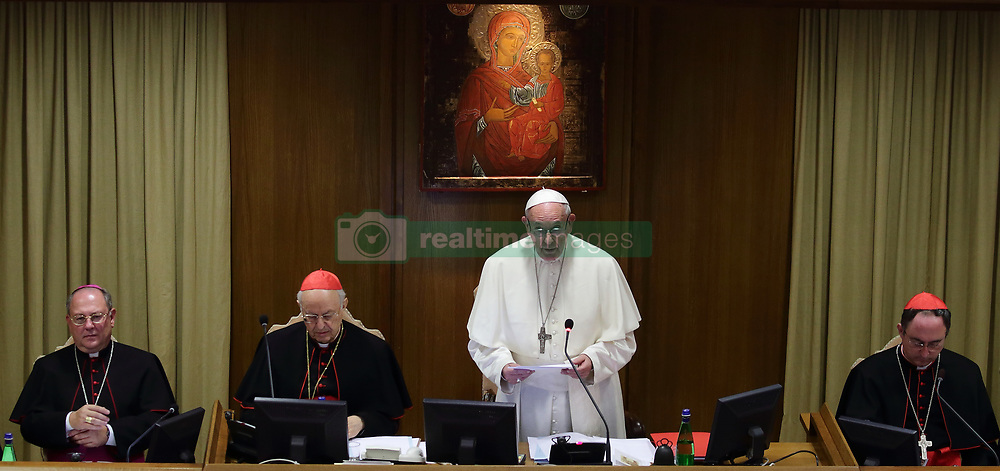October 3,  2018  - Vatican City (Holy See)  POPE FRANCIS  open  the 15th ordinary general assembly of the Synod of Bishops in Aula Nuova del Sinodo at the Vatican  (Credit Image: © Evandro Inetti/ZUMA Wire)