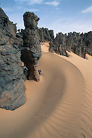 April 2001, Ahaggar, Algeria --- Rock Formations in the Sahara Desert --- Image by © Owen Franken/CORBIS