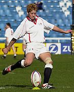 Twickenham. England, Women's International Rugby England v Spain, at the Twickenham Stoop. on 09/03/2003. Rae Shelley, kicking. [Mandatory Credit: Peter Spurrier/ Intersport Images]