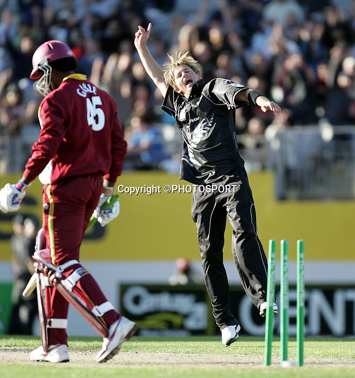 Shane Bond celebrates clean bowling West Indies opening batsman Chris Gayle during the 5th ODI cricket match between the Black Caps and West Indies at Eden Park, Auckland, New Zealand, on Saturday 4 March, 2006. Photo: Andrew Cornaga/PHOTOSPORT