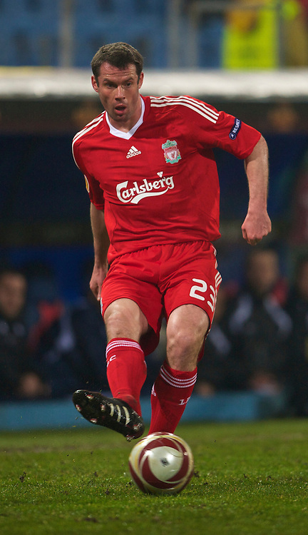 BUCHAREST, ROMANIA - Thursday, February 25, 2010: Liverpool's Jamie Carragher in action against FC Unirea Urziceni during the UEFA Europa League Round of 32 2nd Leg match at the Steaua Stadium. (Photo by David Rawcliffe/Propaganda)