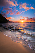 Sunset over the Na Pali Coast from Ke'e Beach, Haena State Park, Kauai, Hawaii