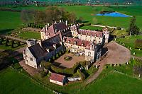 France, Saône-et-Loire (71), village de Oyé, chateau de Chaumont // France, Burgundy, Saône-et-Loire, Oyé village, Chaumont castle