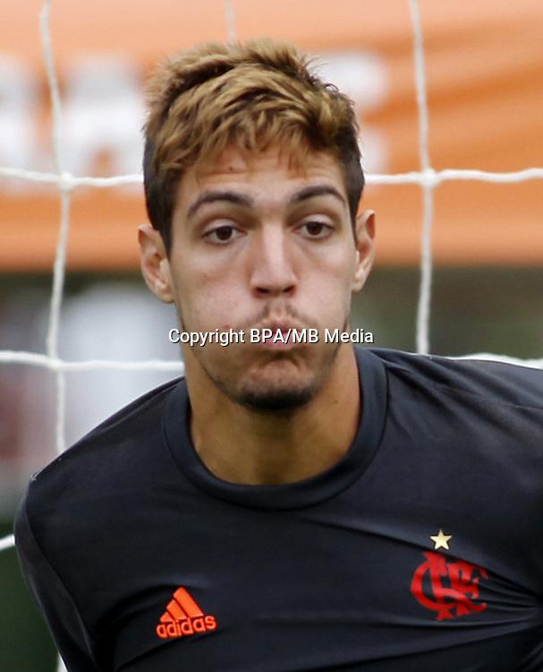 Brazilian Football League Serie A / <br /> ( Clube de Regatas do Flamengo ) - <br /> Thiago Rodrigues da Silva &quot; Thiago &quot;
