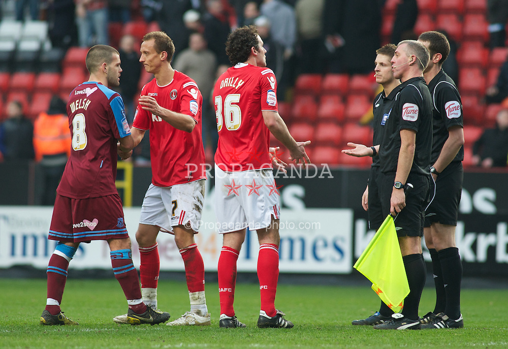 LONDON, ENGLAND - Saturday, March 5, 2011: Charlton Athletic's Christian Dailly appeals to Referee Mr D Coote at the final whistle after  drawing 1-1 with Tranmere Rovers during the Football League One match at The Valley. (Photo by Gareth Davies/Propaganda)