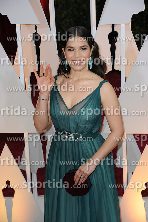 22.02.2015, Dolby Theatre, Hollywood, USA, Oscar 2015, 87. Verleihung der Academy of Motion Picture Arts and Sciences, im Bild America Ferrera // attends 87th Annual Academy Awards at the Dolby Theatre in Hollywood, United States on 2015/02/22. EXPA Pictures &copy; 2015, PhotoCredit: EXPA/ Newspix/ PGMP<br /> <br /> *****ATTENTION - for AUT, SLO, CRO, SRB, BIH, MAZ, TUR, SUI, SWE only*****