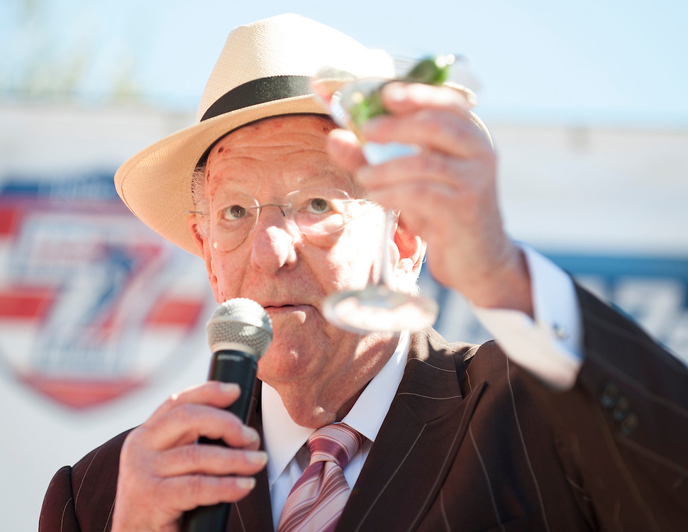 Oscar Goodman toasts the United States rugby teams at the United States Pep Rally outside the Monte Carlo Hotel at the USA Sevens, Round Five of the World Rugby HSBC Sevens Series in Las Vegas, Nevada, March 1, 2017. <br /> <br /> Jack Megaw for USA Sevens.<br /> <br /> www.jackmegaw.com<br /> <br /> jack@jackmegaw.com<br /> @jackmegawphoto<br /> [US] +1 610.764.3094<br /> [UK] +44 07481 764811