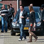 NLD/Huizen/20110402 - Uitvaart Floor van der Wal, Manuel Broekmna en partner