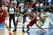DESCRIZIONE : Milano Lega A1 2005-06 Roseto Basket Armani Jeans Milano <br /> GIOCATORE : Martinez 65 <br /> SQUADRA : Roseto Basket <br /> EVENTO : Campionato Lega A1 2005-2006 <br /> GARA : Roseto Basket Armani Jeans Milano <br /> DATA : 26/02/2006 <br /> CATEGORIA : Sequenza Difesa <br /> SPORT : Pallacanestro <br /> AUTORE : Agenzia Ciamillo-Castoria/G.Ciamillo