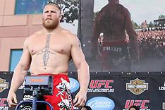 October 22, 2010: UFC 121 Weigh-Ins
