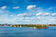 Utsikt över Stockholms ström och Skeppsholmen från Fjällgatan i Stockholm