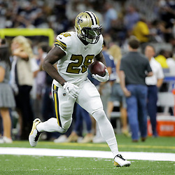 Sep 29, 2019; New Orleans, LA, USA; New Orleans Saints running back Latavius Murray (28) warms up prior to kickoff against the Dallas Cowboys at the Mercedes-Benz Superdome. Mandatory Credit: Derick E. Hingle-USA TODAY Sports