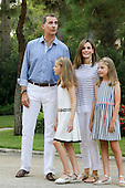 Queen Letitia and family in Spain