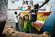 Fishermen bring their morning catches from the sea to the market, Jaffna, Sri Lanka, Asia