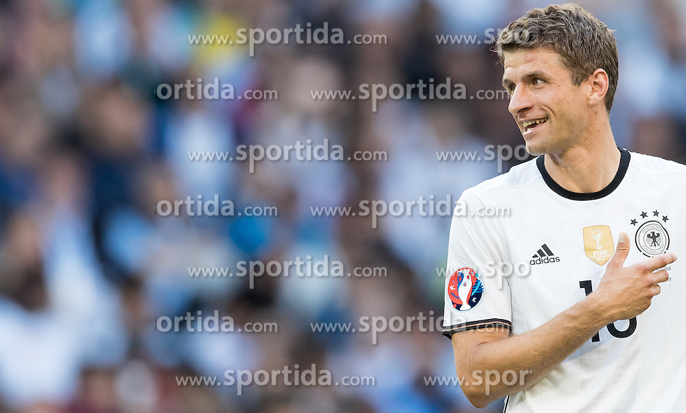 26.06.2016, Stade Pierre Mauroy, Lille, FRA, UEFA Euro 2016, Deutschland vs Slowakei, Achtelfinale, im Bild Thomas Mueller (GER) // Thomas Mueller (GER) during round of 16 match between Germany and Slovakia of the UEFA EURO 2016 France at the Stade Pierre Mauroy in Lille, France on 2016/06/26. EXPA Pictures © 2016, PhotoCredit: EXPA/ JFK