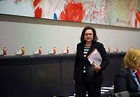 DEU, Deutschland, Germany, Berlin, 11.12.2017: Die Vorsitzende der SPD-Bundestagsfraktion, Andrea Nahles, vor Beginn der Fraktionssitzung der SPD im Deutschen Bundestag.