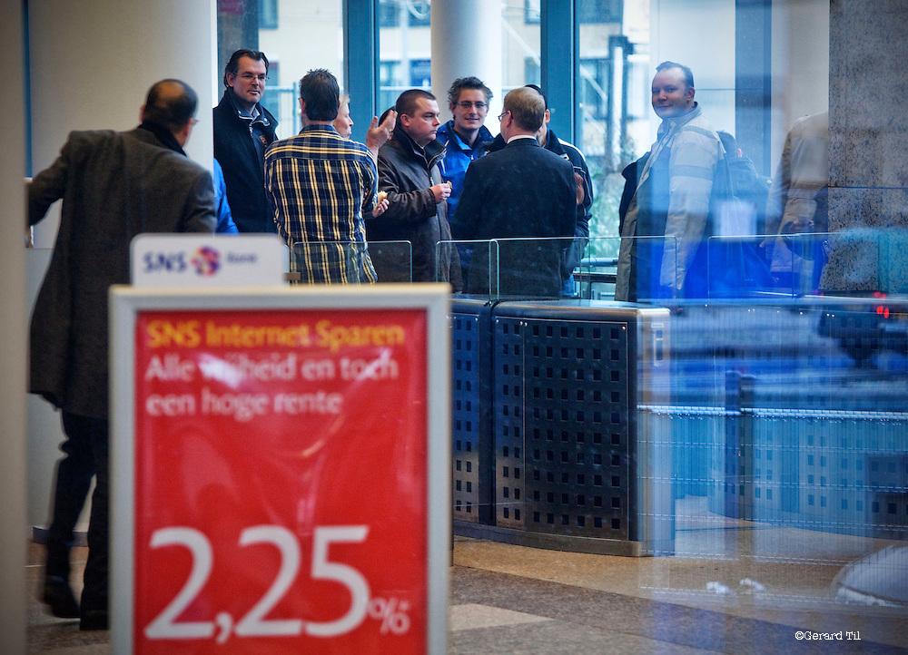 Nederland, Utrecht, 30-01-2013 . Personeel SNS in hoofdkantoor SNS Reaal op de dag dat de bank is genationaliseerd. FOTO: Gerard Til
