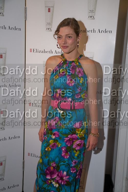 CAMILLA RUTHERFORD, Elizabeth Arden's 'Eight Hour' party. Kingly St. London. 7 August 2008. *** Local Caption *** -DO NOT ARCHIVE-© Copyright Photograph by Dafydd Jones. 248 Clapham Rd. London SW9 0PZ. Tel 0207 820 0771. www.dafjones.com.