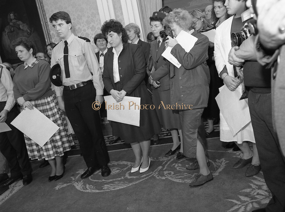 28/10/1985<br /> 10/28/1985<br /> 28 October 1985<br /> Launch of Gaisce The Presidents Award at Aras an Uachtarain. President Dr. Patrick Hillery launched the new national youth award scheme to be the nations highest award to Irish young people aged 15-25. Some of the participants.