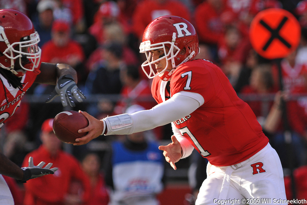 Oct 10, 2009; Piscataway, NJ, USA; Rutgers quarterback Tom Savage (7) hands off to running back Jourdan Brooks during first half NCAA college football action between Rutgers and Texas Southern at Rutgers Stadium.
