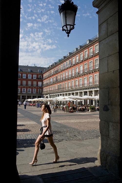 Estilismo: Eva Fernández Tomás; Modelo: Ana Martínez Requena; Maquillaje: Laura Aladueña; Ayudante Fotografía: Pablo García. .Todos los derechos reservados.