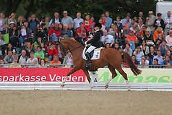 Stegemann, Lena, Scara Boa<br /> Verden - Int. Dressur- und Springfestival<br /> Finale, Dressurpferde 5j.<br /> © www.sportfotos-lafrentz.de/ Stefan Lafrentz