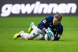 19.10.2013, Signal Iduna Park, Dortmund, GER, 1. FBL, GER, 1. FBL, Borussia Dortmund vs Hannover 96, 9. Runde, im Bild Ron-Robert Zieler (#1 Hannover) // during the German Bundesliga 9th round match between Borussia Dortmund and Hannover 96 Signal Iduna Park in Dortmund, Germany on 2013/10/19. EXPA Pictures &copy; 2013, PhotoCredit: EXPA/ Eibner-Pressefoto/ Kurth<br /> <br /> *****ATTENTION - OUT of GER*****