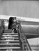 01/05/1958<br /> 05/01/1958<br /> 01 May 1958 <br /> Inaugural New York to Dublin Aerlinte flight arrives at Dublin Airport.