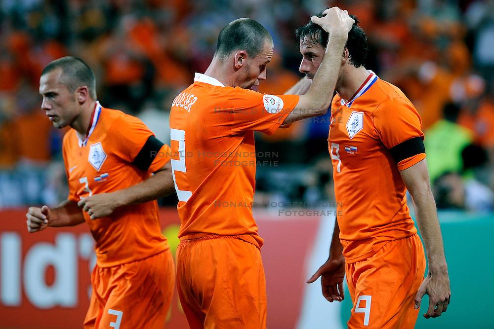21-06-2008 VOETBAL: EURO 2008 NEDERLAND - RUSLAND: BASEL<br /> Nederland verliest in de verlenging met 3-1 van Rusland / Ruud van Nistelrooy <br /> &copy;2008-WWW.FOTOHOOGENDOORN.NL