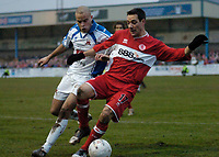 Photo: Leigh Quinnell.<br /> Nuneaton Borough v Middlesbrough. The FA Cup.<br /> 07/01/2006. Nuneatons Matty Collins puts Middlesbroughs Doriva under presure.