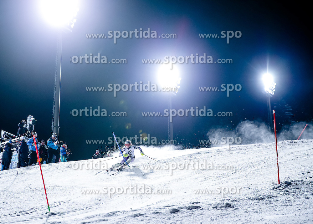 13.01.2015, Hermann Maier Weltcupstrecke, Flachau, AUT, FIS Weltcup Ski Alpin, Flachau, Slalom, Damen, 1. Lauf, im Bild Paula Moltzan (USA) // Paula Moltzan of the USA in action during 1st run of the ladie's Slalom of the FIS Ski Alpine World Cup at the Hermann Maier Weltcupstrecke in Flachau, Austria on 2015/01/13. EXPA Pictures © 2015, PhotoCredit: EXPA/ Johann Groder