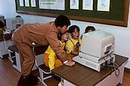 24.25.26- School at the POSCO group. Children are taught very young to use computers.       Ecole modele du groupe POSCO; Les enfants des leur plus jeune age sont familiarises avec l'informatique;      ///    L2718  /  R00030  /  P0003325