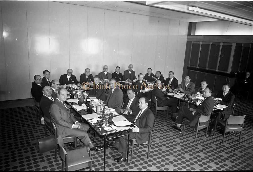20/09/1967<br /> 09/20/1967<br /> 20 September 1967<br /> Spar International Conference at the South County Hotel, Dublin.