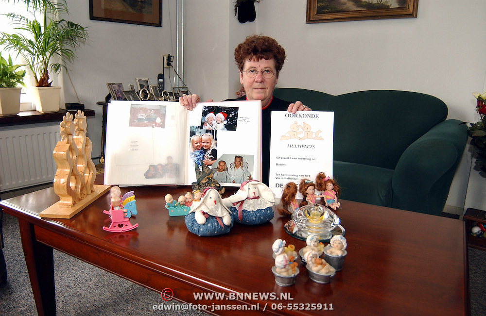Mw. Visser jan van Galenstraat 94 Huizen met haar verzameling over meerlingen