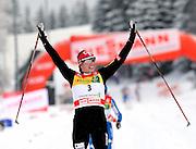 GEPA-02011034016 - OBERHOF,DEUTSCHLAND,02.JAN.10 - SKI NORDISCH, LANGLAUF - FIS Weltcup, Tour de Ski, 10km klassisch, Damen. Bild zeigt den Jubel von Justyna Kowalczyk (POL). Foto: GEPA pictures/ Markus Oberlaender.FOT. GEPA / WROFOTO.*** POLAND ONLY !!! ***