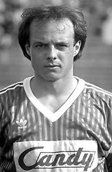 FUDBAL - Partizan - Olimpija 1:0. <br /> Beograd, 02.06.1991.<br /> At picture Robert Englaro of Olimpija, photo by Nebojsa Parausic / Sportida