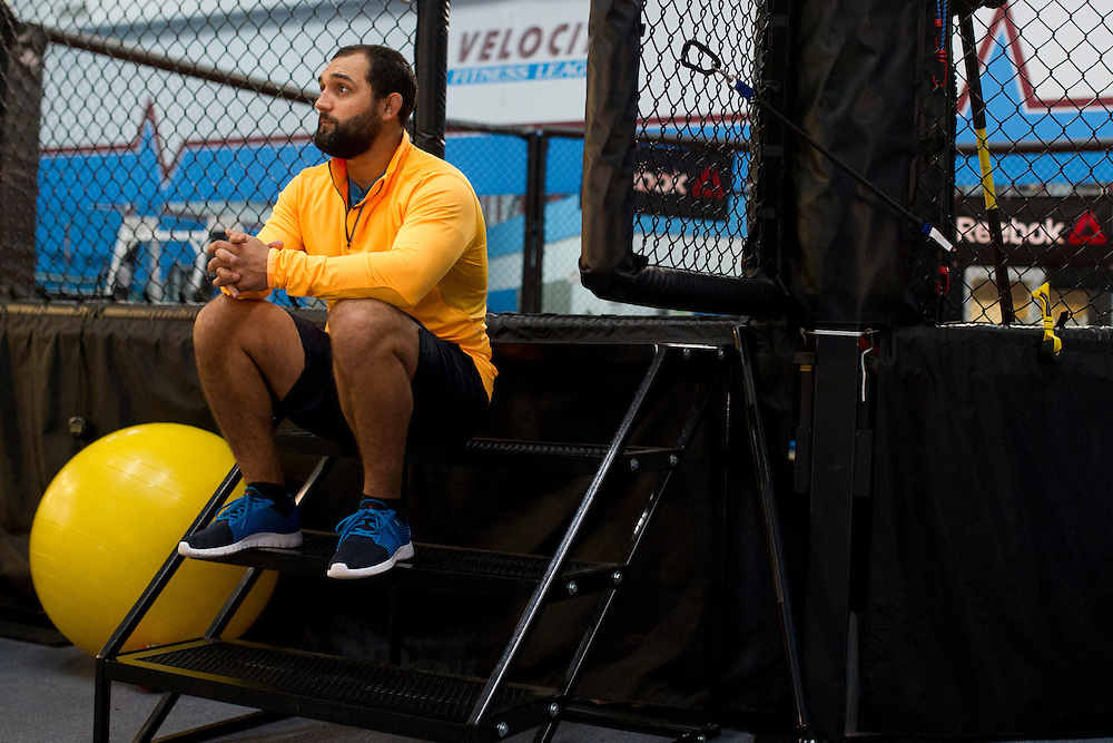 Johny Hendricks training in Arlington, Texas on January 14, 2013. (photo by Cooper Neill)