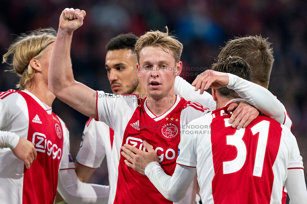 08-05-2019 NED: Semi Final Champions League AFC Ajax - Tottenham Hotspur, Amsterdam<br /> After a dramatic ending, Ajax has not been able to reach the final of the Champions League. In the final second Tottenham Hotspur scored 3-2 / Kasper Dolberg #25 of Ajax, Frenkie de Jong #21 of Ajax, Nicolas Tagliafico #31 of Ajax, Noussair Mazraoui #12 of Ajax
