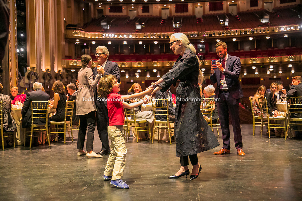 6/10/17 6:57:41 PM <br /> <br /> Young Presidents' Organization event at Lyric Opera House Chicago<br /> <br /> <br /> <br /> &copy; Todd Rosenberg Photography 2017