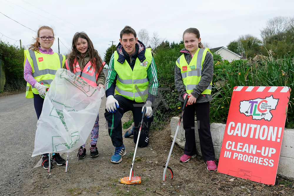 14/04/2017<br /> Europe&rsquo;s biggest ever one-day clean-up took place in Limerick today, Friday 14 April. Over 16,500 people took to the streets of Limerick city and county to take part in the occasion.<br /> Pictured taking part in the Team Limerick Clean-Up at Effin were,  Limerick Senior Hurler Nicky Quaid with Anna O'Brien (8), Sarah Collins (8) and Fiona Power (9). <br /> Pic: Don Moloney/Alan Place Photography