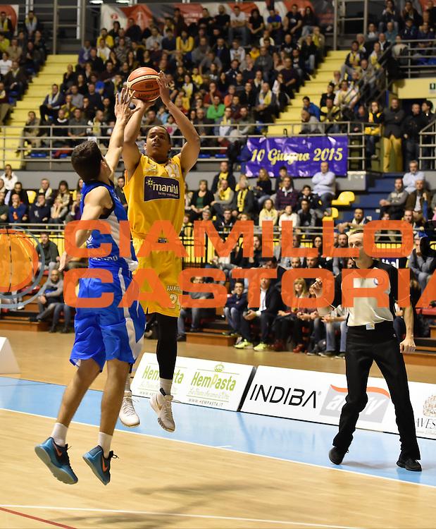 DESCRIZIONE : Torino Lega A 2015-16 Manital Torino - Betaland Capo d'Orlando<br /> GIOCATORE : Andre Dawkins<br /> CATEGORIA :Serie A <br /> SQUADRA : Manital Auxilium Torino<br /> EVENTO : Campionato Lega A 2015-2016<br /> GARA : Manital Torino - Betaland Capo d'Orlando<br /> DATA : 22/11/2015<br /> SPORT : Pallacanestro<br /> AUTORE : Agenzia Ciamillo-Castoria/M.Matta<br /> Galleria : Lega Basket A 2015-16<br /> Fotonotizia: Torino Lega A 2015-16 Manital Torino - Betaland Capo d'Orlando