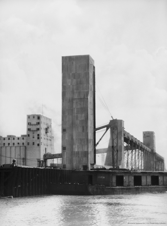 Elevator on the Mississippi, New Orleans, Louisiana, 1926