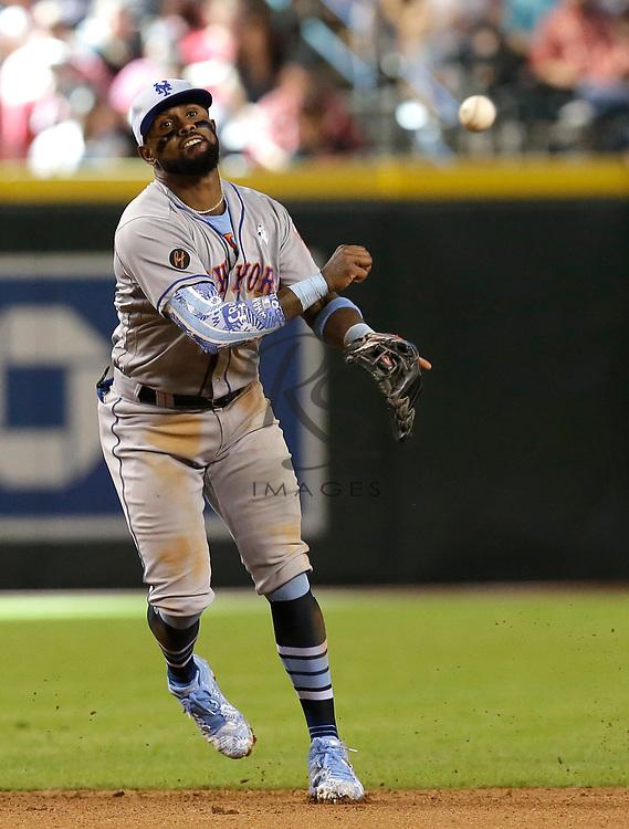 New York Mets shortstop Jose Reyes (7) in the first inning during a baseball game against the Arizona Diamondbacks, Sunday, June 17, 2018, in Phoenix. (AP Photo/Rick Scuteri)