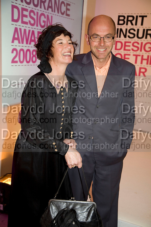 GERALDINE AND WAYNE HEMINGWAY, Brit Insurance Design Awards. Design Museum. London. 18 March 2008.  *** Local Caption *** -DO NOT ARCHIVE-© Copyright Photograph by Dafydd Jones. 248 Clapham Rd. London SW9 0PZ. Tel 0207 820 0771. www.dafjones.com.