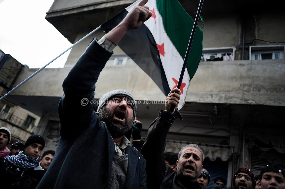 SYRIA - Al Qsair. Anty-regime demonstration in Al Qsair, on January 27,  2012. Al Qsair is a small town of 40000 inhabitants, located 25Km south-west of Homs. The town is besieged since the beginning of November and so far it counts 65 dead. ALESSIO ROMENZI