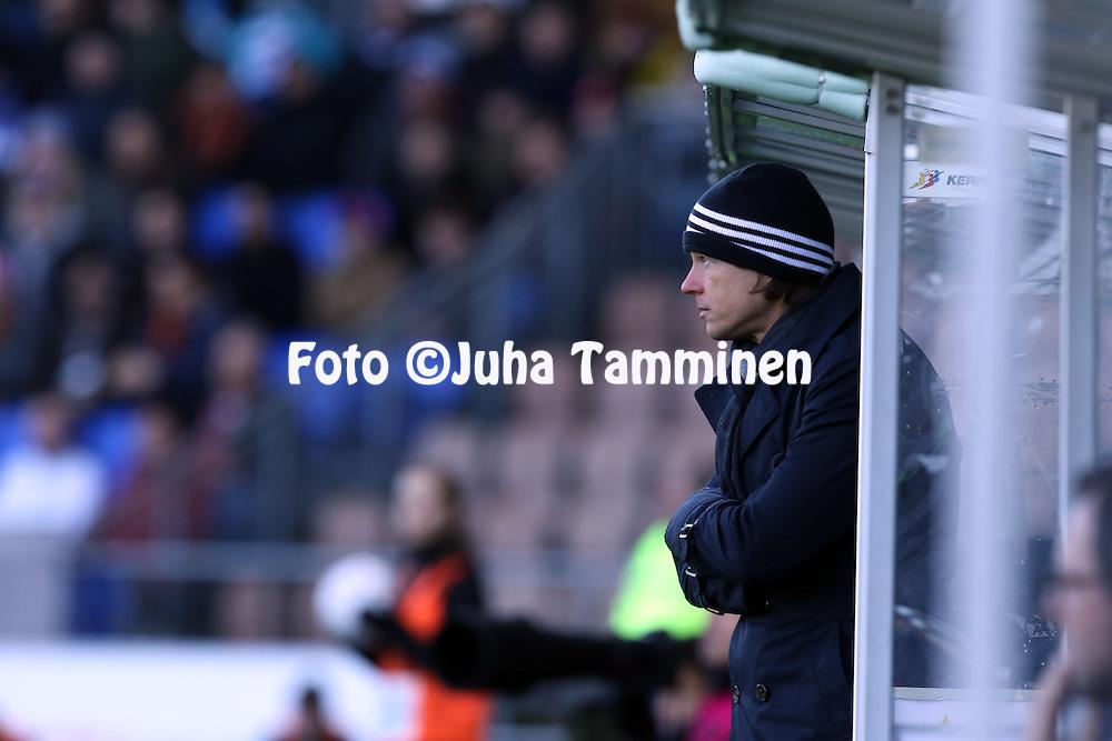 2.4.2016, Sonera Stadion, Helsinki.<br /> Veikkausliiga 2016.<br /> Helsingin Jalkapalloklubi - IFK Mariehamn.<br /> Valmentaja Mika Lehkosuo - HJK