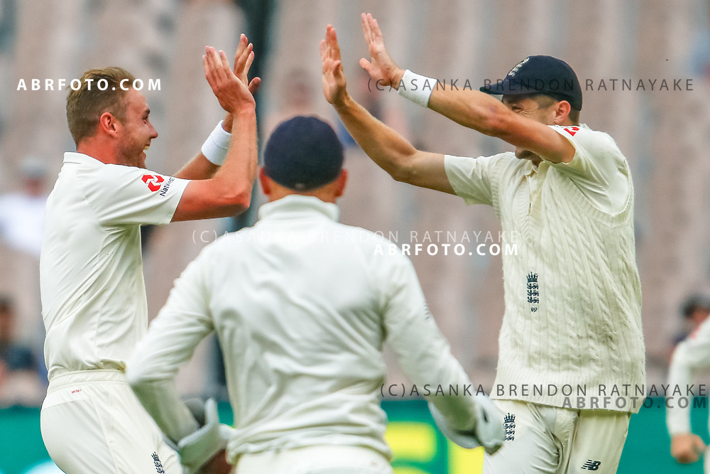 Stuart Broad celebrates the wicket of Mitchell Marsh during day 5 of the 2017 boxing day test.