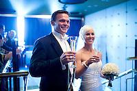 Sigurrós Pétursdóttir og Davíð Stefán Guðmundsson gifta sig. Frá brúðkaupsveislunni í Súlnasal Hótel Sögu.