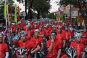 6am Bupa Challenge Etape du tour style start before stage 4 - 2012 Santos Tour Down Under - Adelaide